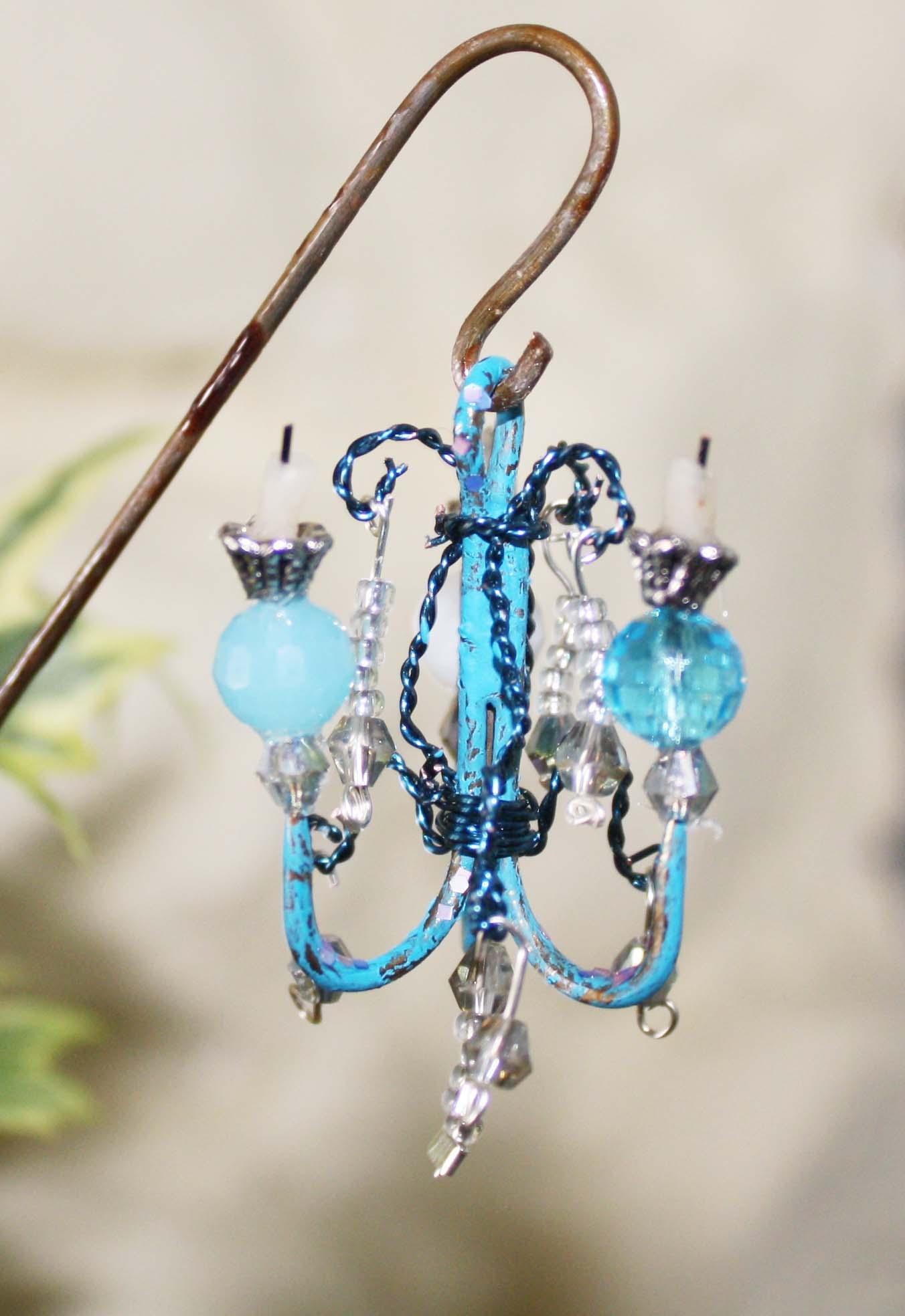 fairy garden shabby chandalier the fairy garden. Black Bedroom Furniture Sets. Home Design Ideas