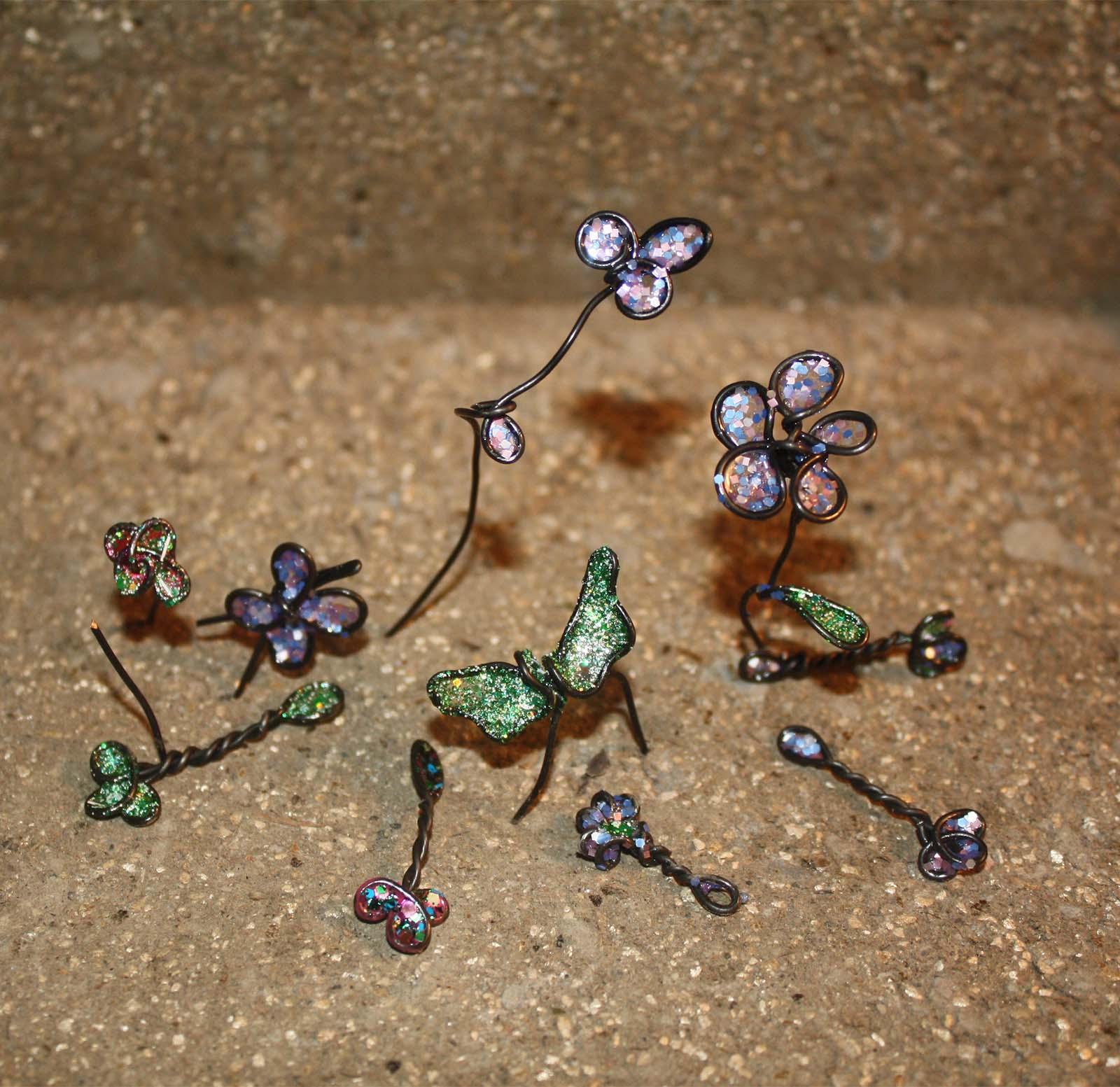 wire crafts for fairy gardens. DIY fairy garden accessories   The Fairy Garden