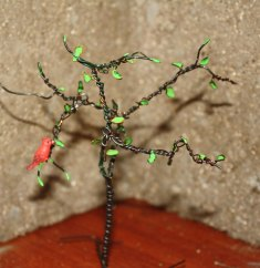 wire-tree-and-cardinal